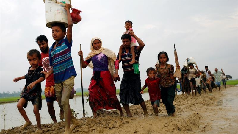 Rohingya Muslims flee Myanmar
